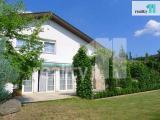 Pronájem vily, 400m², zařízeno, zahradaPraha-západ, Průhonice