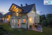 Prodej rodinný dům 7+kk - 390 m2, pozemek 1037 m2, Liberec - Vesec (Dlouhý Most)