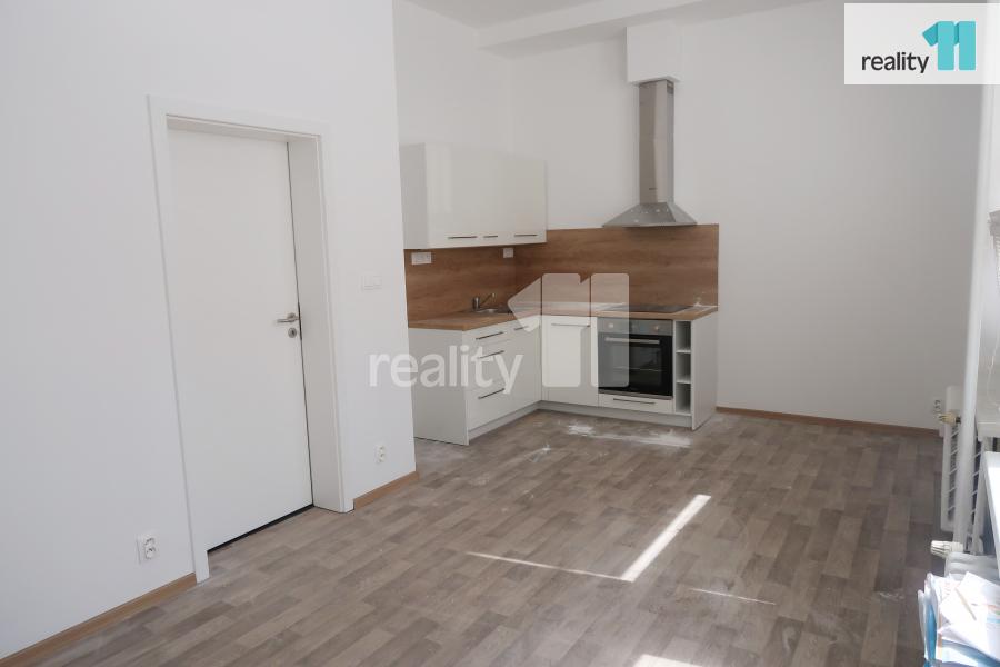 Pronájem bytu, 1+kk, 32 m2