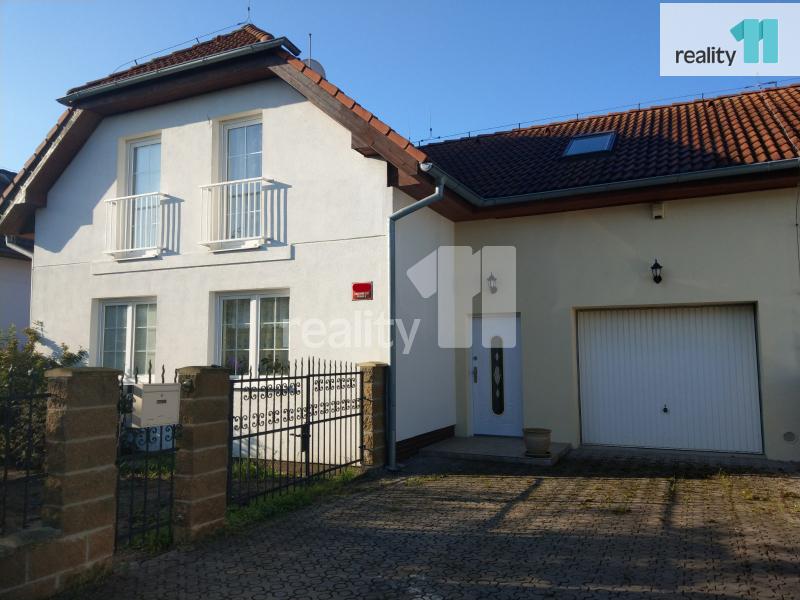 Prodej domu, Rodinný, 180 m2 novinka