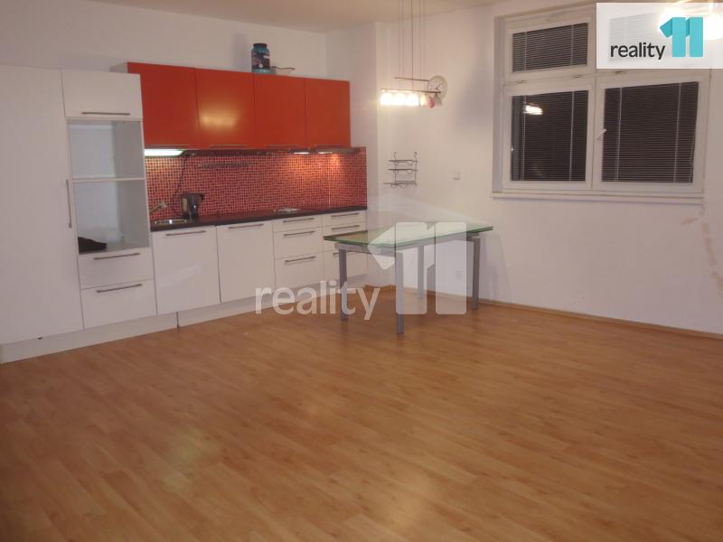 Prodej domu, Činžovní, 540 m2