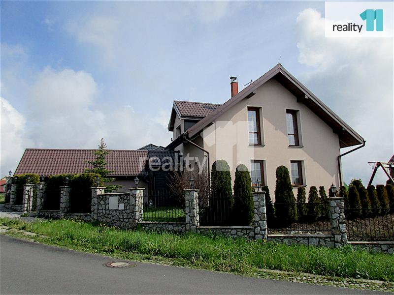 Prodej domu, Rodinný, 156 m2 novinka