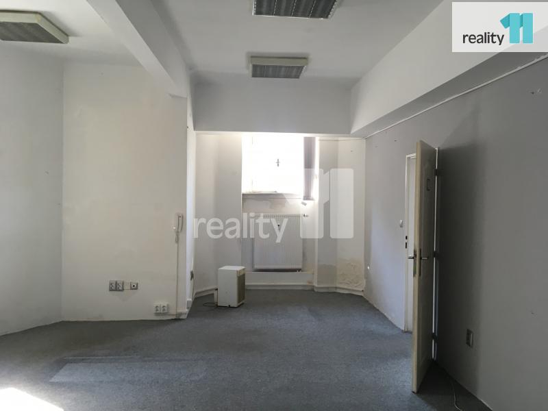 Pronájem komerčního objektu, Kanceláře, 138 m2